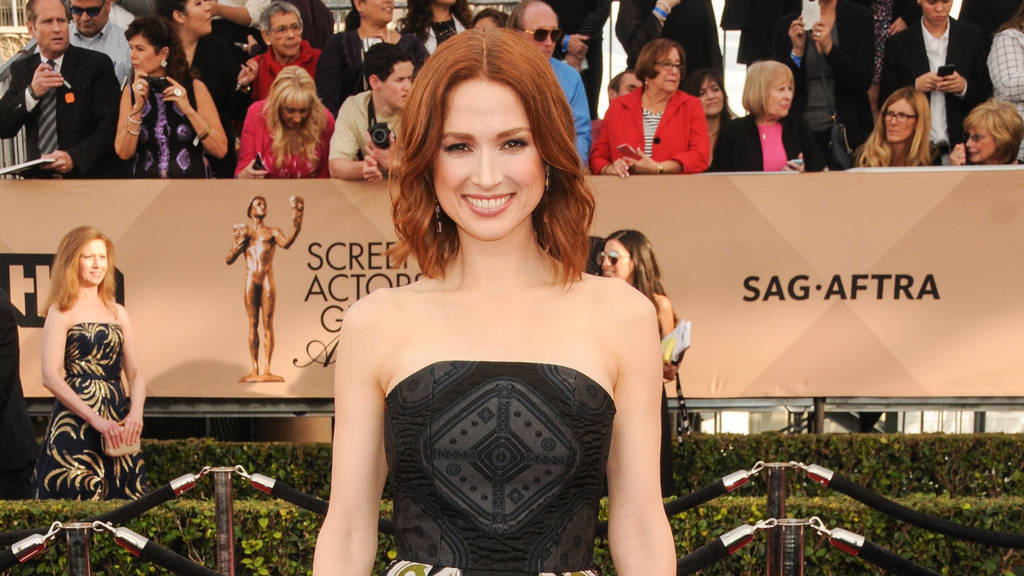 ellie kemper netflix star ist schwanger die tirolerin die mode und lifestyleillustrierte. Black Bedroom Furniture Sets. Home Design Ideas