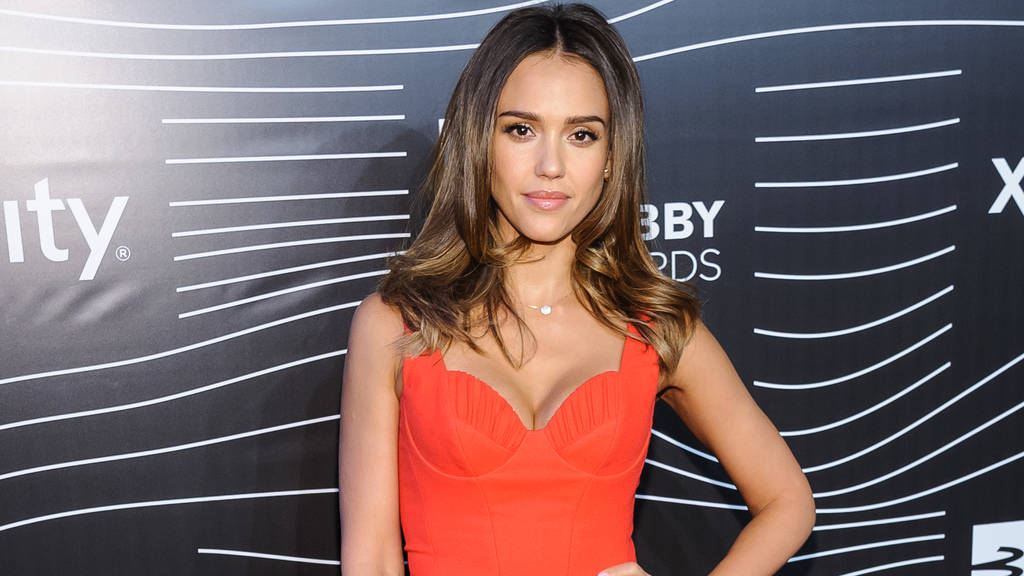 jessica alba nat rlicher look nur mit make up die. Black Bedroom Furniture Sets. Home Design Ideas